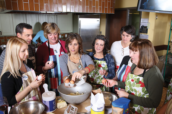 Frances Vavloukis makes koulourakia cookiesStacy Zarin