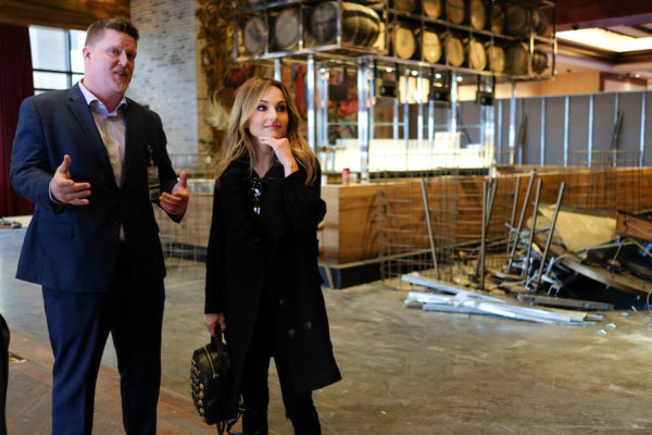 Celebrity chef Giada De Laurentiis tours the space with Horseshoe's vice president of food & beverage Jay Lattimer. Photography by Meredith Herzing
