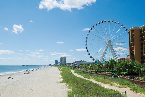 Looking south past the SkyWheel toward the 2nd Avenue Pier.Courtesy of Kimberly Miles, Fahlgren Mortine.